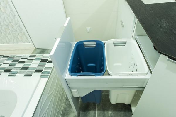 Корзина для белья в ванной: варианты и идеи