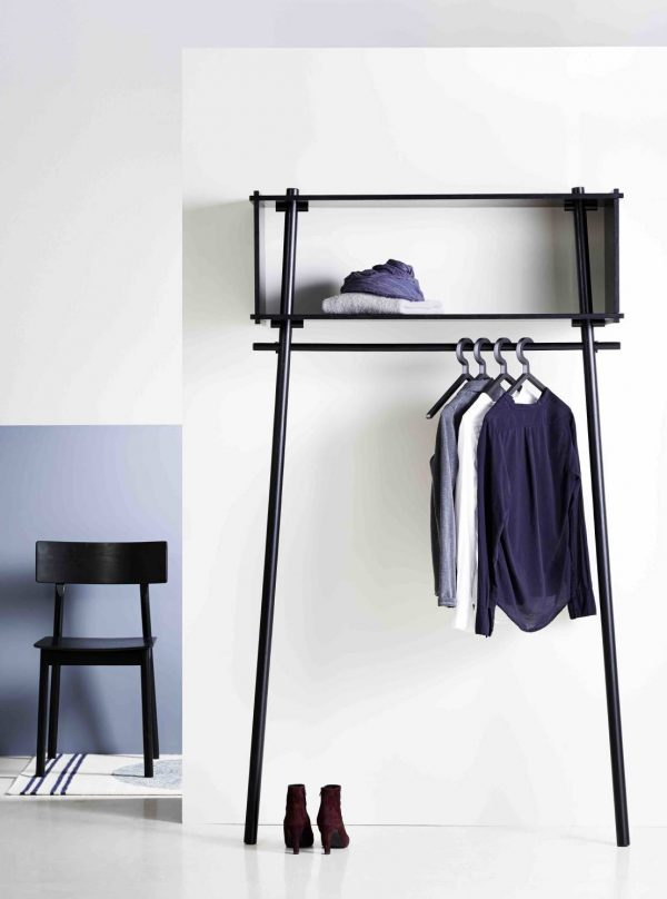 Крючки для одежды в прихожую: типы креплений, как выбрать