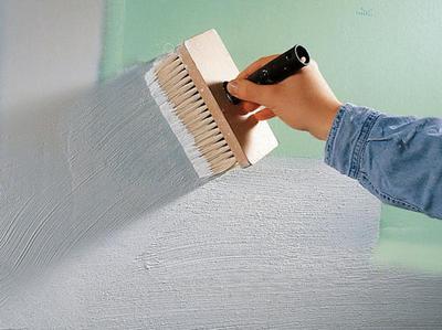 Шпаклевка стен из гипсокартона под обои: зачем это нужно? в фото