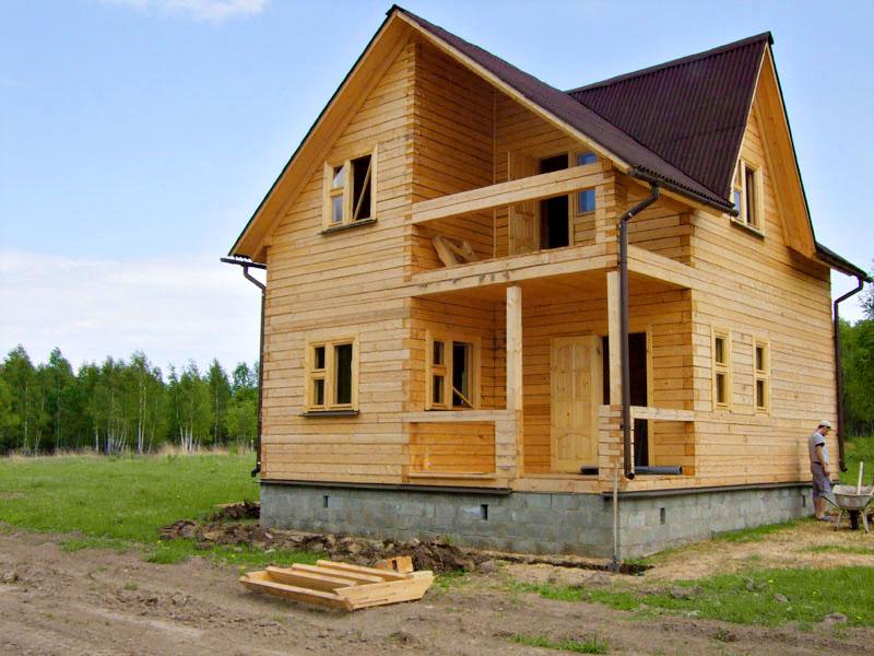 Требует ли утепления дачный дом из бруса?