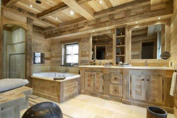 Ванная в деревянном доме своими руками: отделка пола и стен
