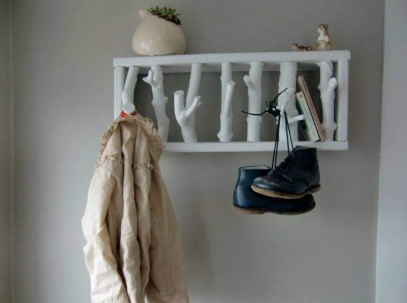 Вешалки в прихожую — настенные, напольные или панельные