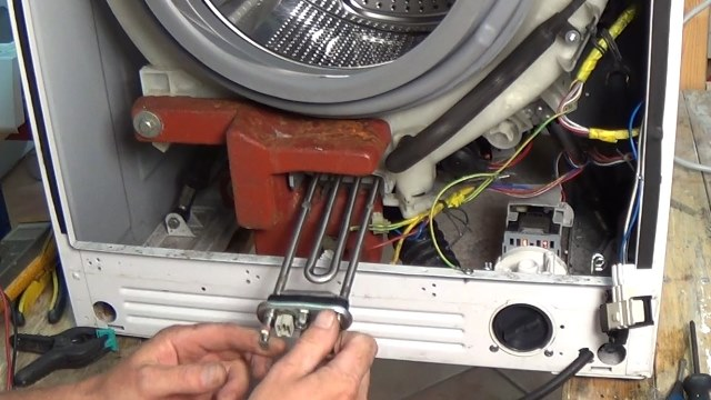 Замена ТЭНа в стиральной машине в фото