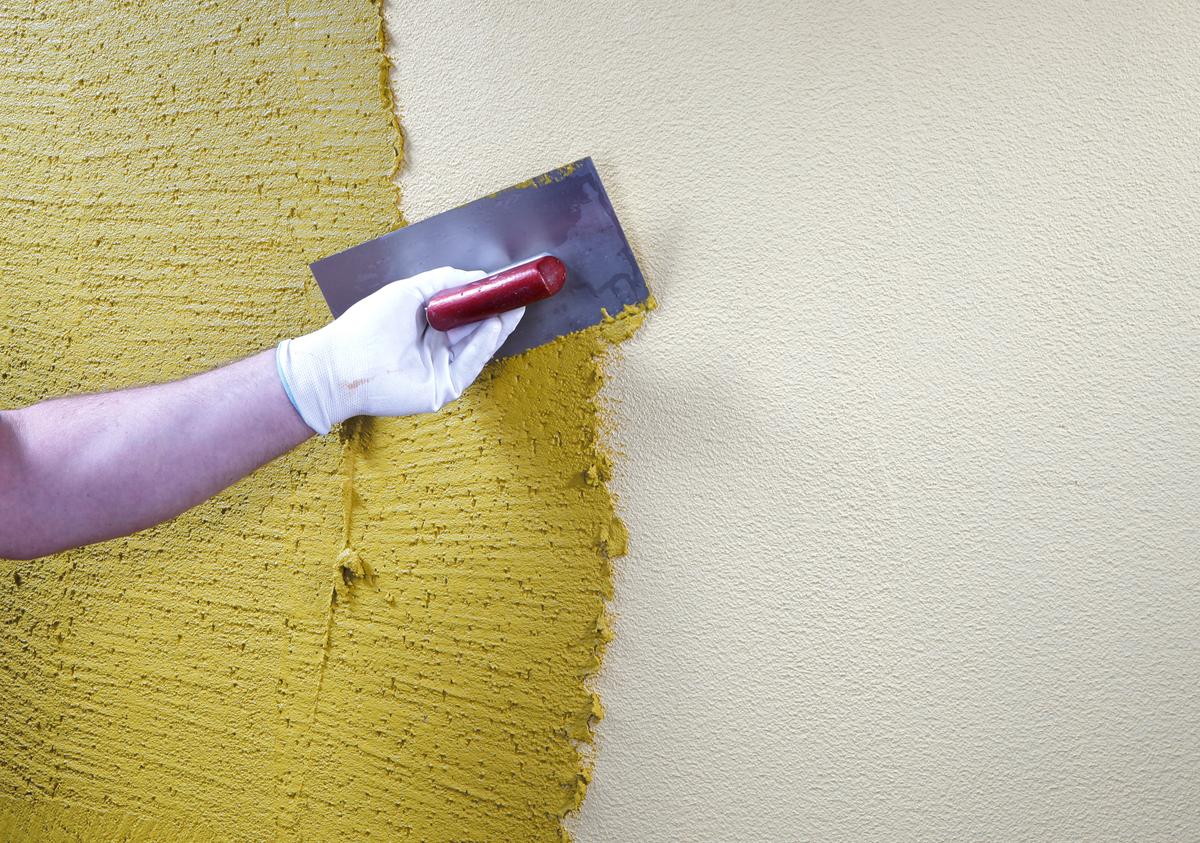 Как сделать ремонт декоративных штукатурок